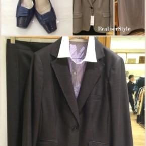 黒スーツから上質で洗練された大人のビジネススーツへ。