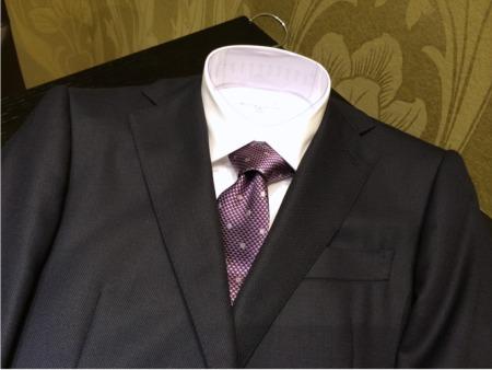 ビジネススーツコーディネートから、この秋のスーツの傾向。