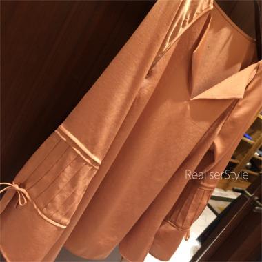 着る色のチャレンジと大人にお薦めの袖コンシャスデザイン。